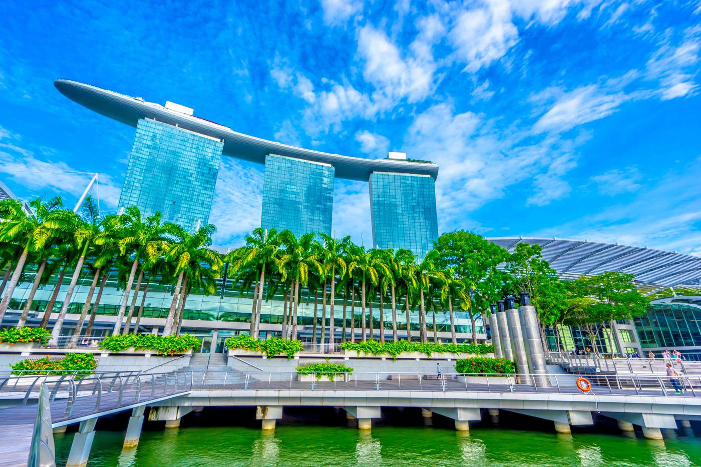 シンガポール マリーナ・ベイ・サンズ アイキャッチ画像