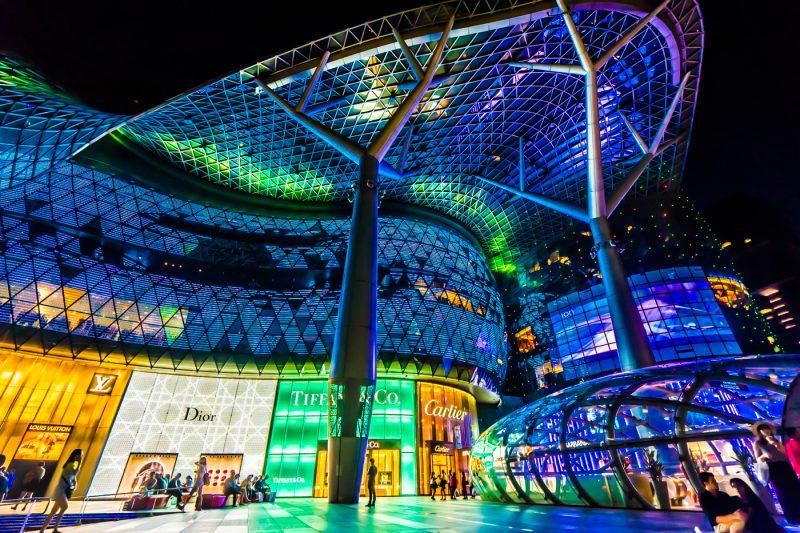 シンガポール オーチャード 夜景 アイキャッチ画像
