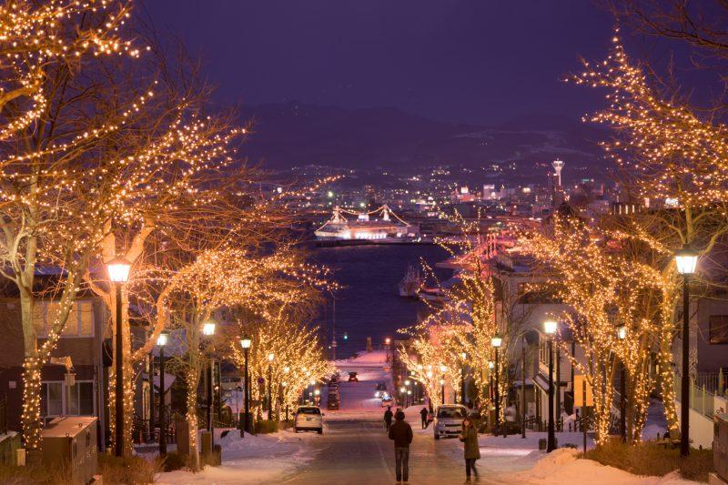 函館 八幡坂 ライトアップ アイキャッチ画像